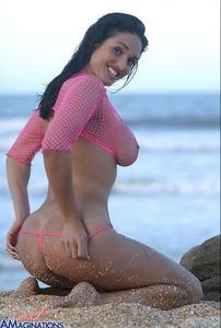 Kellie Maines naked