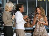 Бионс Ноулс, фото 1074. Beyonce Knowles ABC's Good Morning America, September 8, foto 1074
