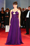 Миа Киршнер, фото 43. Mia Kirshner, Black Dahlia premiere, Venice, 30aug, foto 43