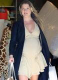 Ali Larter - Shopping at Bel Bambini in Beverly Hills, October 7, 2010