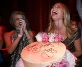 Stacy Keibler 28th b-day party Foto 320 (Стэйси Кейблер 28 B-Day Party Фото 320)