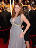 th_76748_Jenna_Fischer_2009-01-25_-_15th_Annual_Screen_Actors_Guild_Awards_6634_122_785lo.jpg