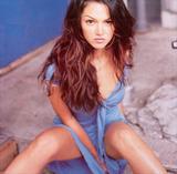 "Paula Garces BTW...She plays officer Tina Hanlon in the FX show 'The Shield'. Foto 59 (Паула Гарсес Кстати ... Она играет офицера Тина Хэнлон в шоу FX ""The Shield"". Фото 59)"