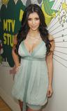 Kim Kardashian at her birthday party Foto 149 (Ким Кардашиан на ее дне рождения Фото 149)